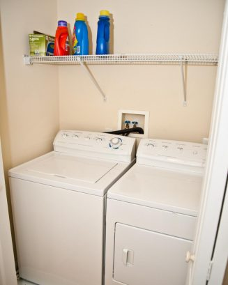 ❤️ We have a Washer and Dryer available for your convenience. We provide laundry detergent!