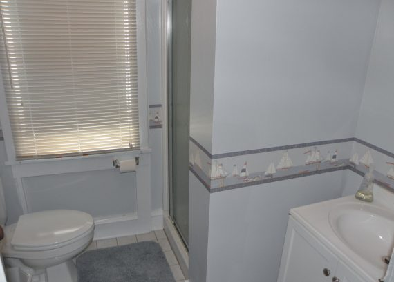 3/4 bath on unit's 3rd floor.