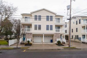 Affordable Townhouse with Pool