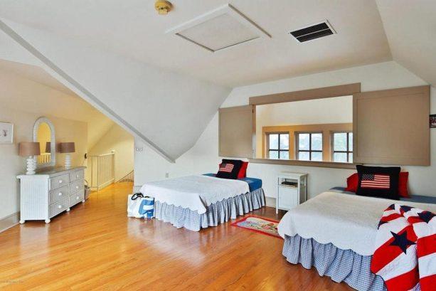 3rd floor bedroom 4