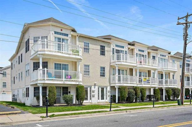 Affordable in Wildwood - 1 block from Boardwalk