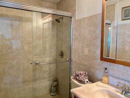 Upper Suite Bathroom