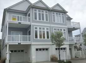 116 E Maple Ave in Wildwood