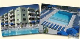 One Bdrm Top floor w/Heated Pool, 1.5 Blocks to Boardwalk