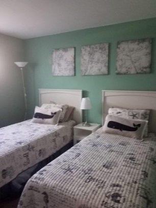 bedroom #1 - 2 twins